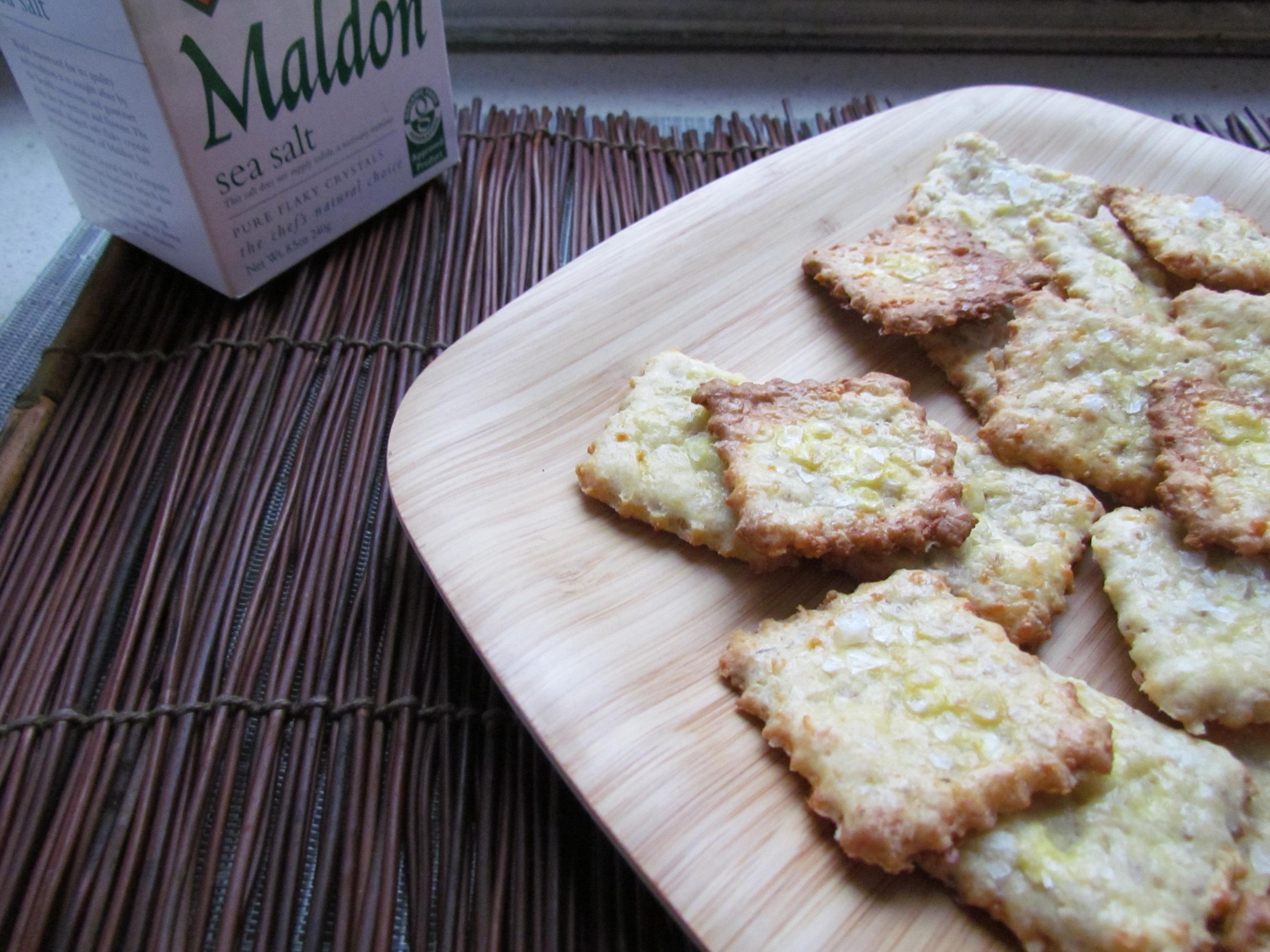 Cheddar Oat Crackers - Meatballs&Milkshakes